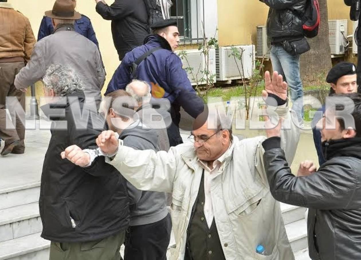 Αθώοι και οι 10 κατηγορούμενοι για τα επεισόδια στα διόδια Μεγάρων