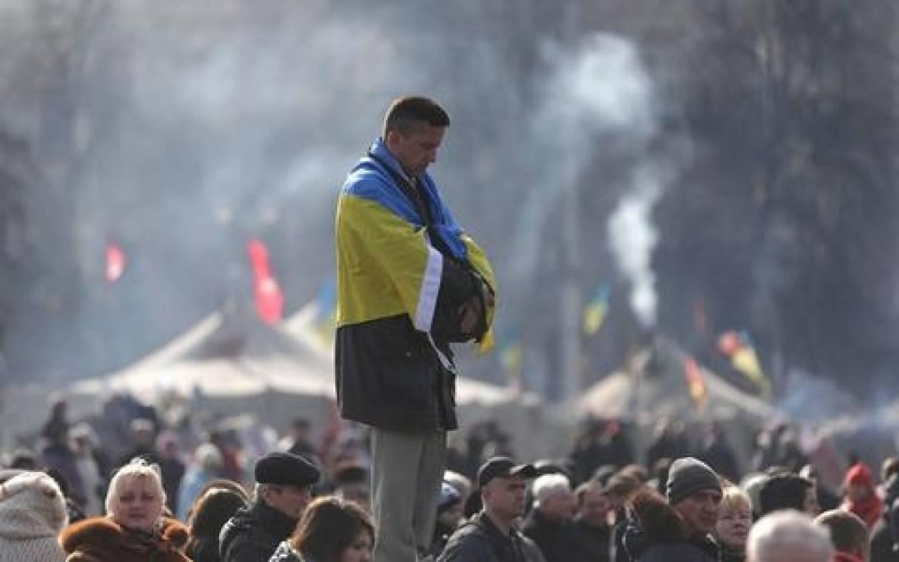 Ουκρανία: Ενοπλοι κατέλαβαν το κτίριο της Βουλής στην Κριμαία
