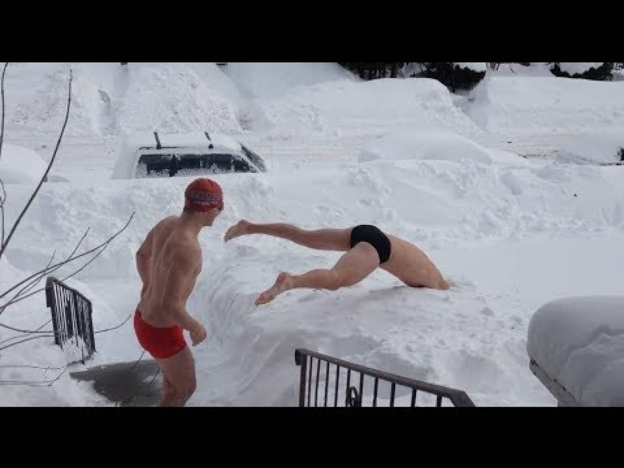 Βίντεο: Πώς είναι να... κολυμπάς στο χιόνι;