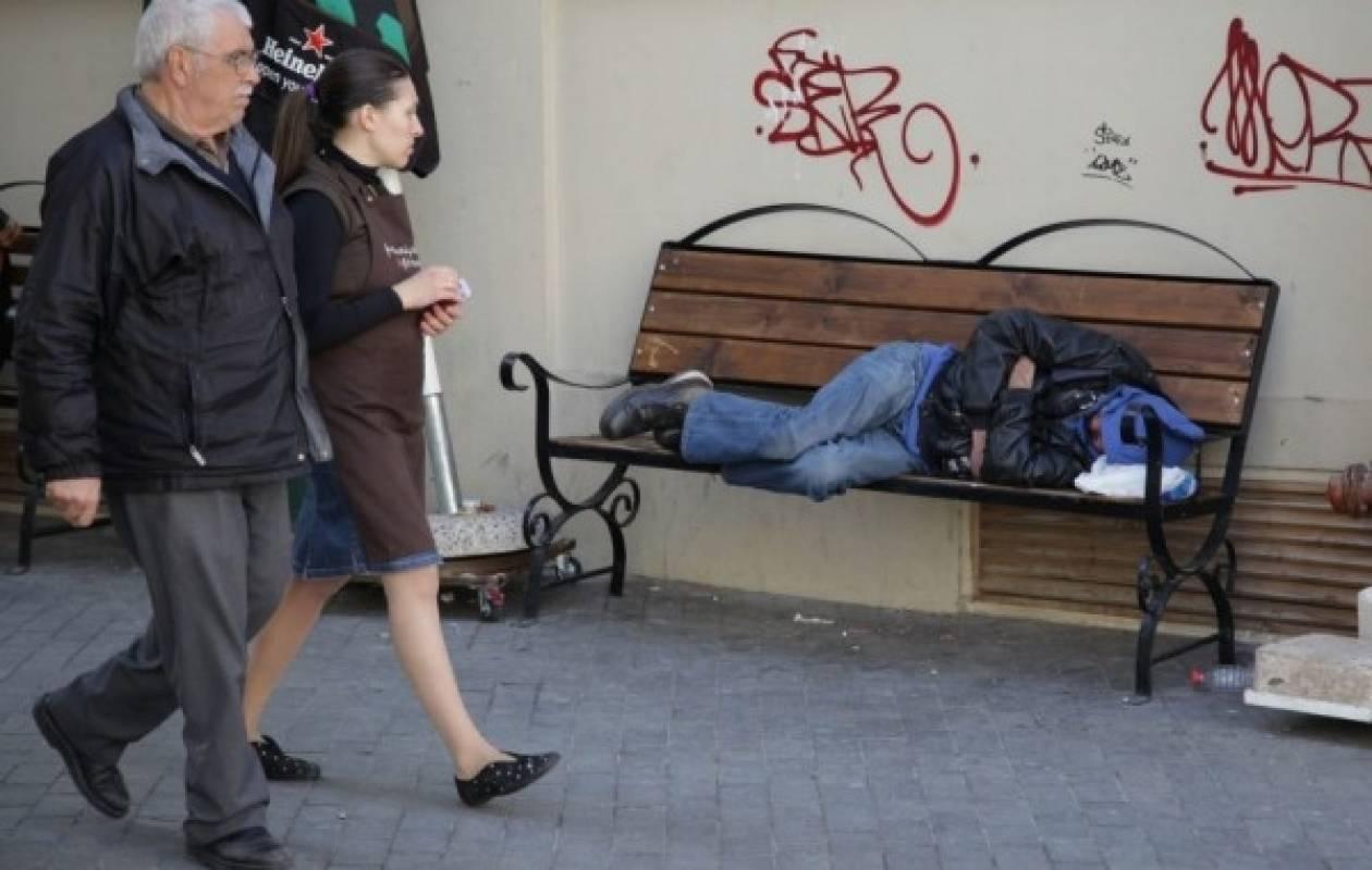 Η σκληρή πραγματικότητα σε εικόνες: Το Ηράκλειο των… αστέγων!