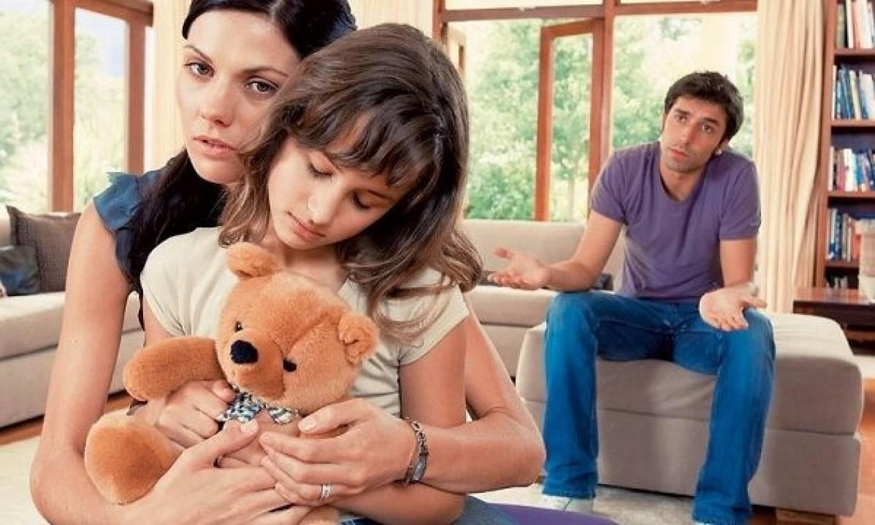 «Χώρισα. Πώς πρέπει να μιλήσω στο παιδί μου;»