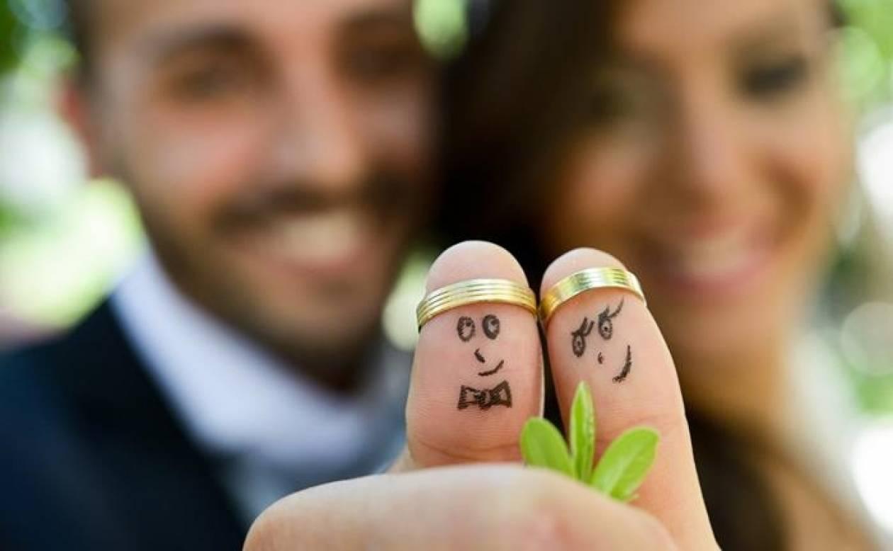 Οι 8 κανόνες που επιβάλλεται να καταπατήσετε στο γάμο!