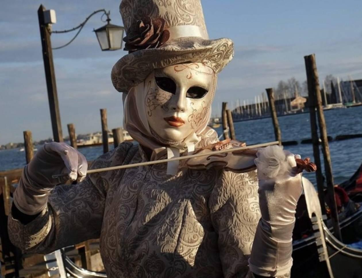 Δείτε ένα στιγμιότυπο από το καρναβάλι της Βενετίας