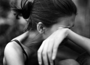 Πάτρα: Καταγγέλλει πως της «πούλησε» έρωτα για να αρπάξει το εφάπαξ