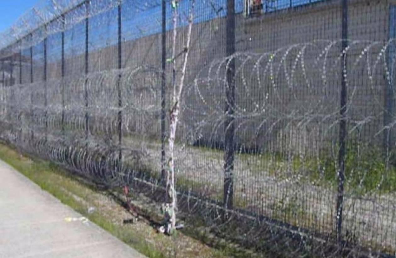 Νέα Αλικαρνασσός: Έπαθαν ΣΟΚ οι σωφρονιστικοί όταν μπήκαν στο κελί