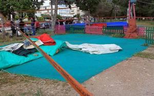 Θρήνος στην κηδεία του 13χρονου που σκοτώθηκε στο λούνα παρκ