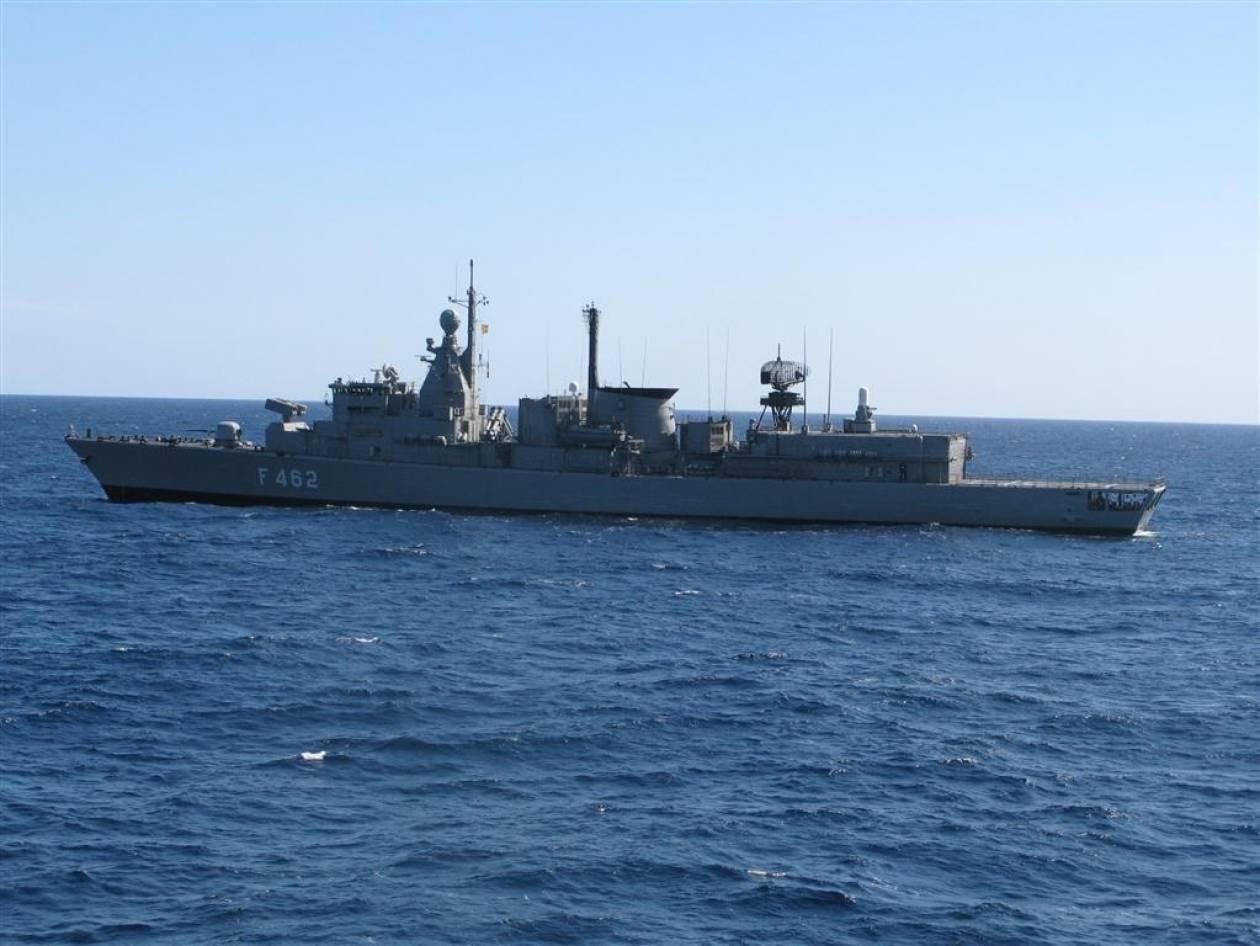 Στο λιμάνι του Πειραιά η φρεγάτα «Κουντουριώτης»