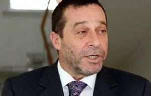 Ντενκτάς για Κυπριακό: «Θέλουν να υπογράψουμε μια συμφωνία υπό πίεση»