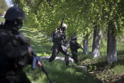 438 Oυκρανοί στρατιωτικοί ζήτησαν άσυλο στη Ρωσία!