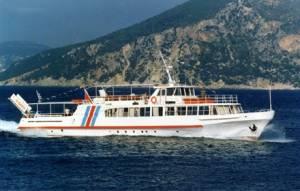 Μηχανική βλάβη σε τουριστικό πλοίο στην Ιεράπετρα
