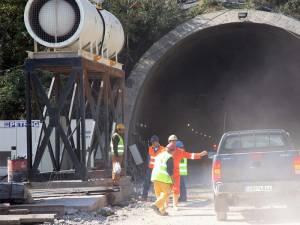 «Δωράκι» 350 εκατ. ευρώ από το υπουργείο Υποδομών στους μεγαλοεργολάβους