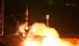 Εκτοξεύτηκε ο πύραυλος Σογιούζ που μεταφέρει την πρώτη ρωσίδα κοσμοναύτη στο ISS (vid)