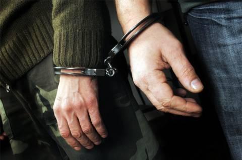 Κοζάνη: Ολόκληρο οπλοστάσιο έκρυβε στο σπίτι του 47χρονος (pics)