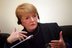 Τσίμερ: Η Γερμανία οφείλει να καταβάλει τις παλιές αποζημιώσεις και το κατοχικό δάνειο