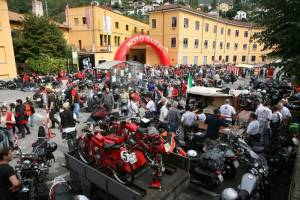 Moto Guzzi: Άνοιξε ξανά τις πόρτες του εργοστασίου της