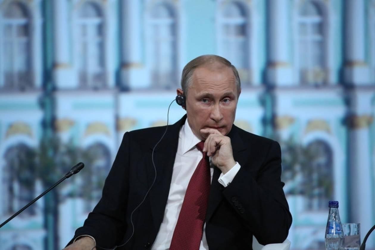 Στη Μόσχα ο πρωθυπουργός της Κίνας
