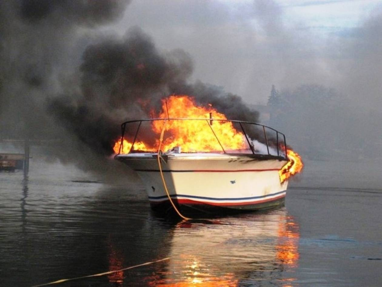 Κως: Ξέσπασε πυρκαγιά σε σκάφος
