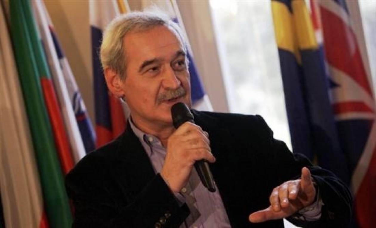 Χουντής: Χωρίς διαγραφή χρέους δεν έχει ανάπτυξη