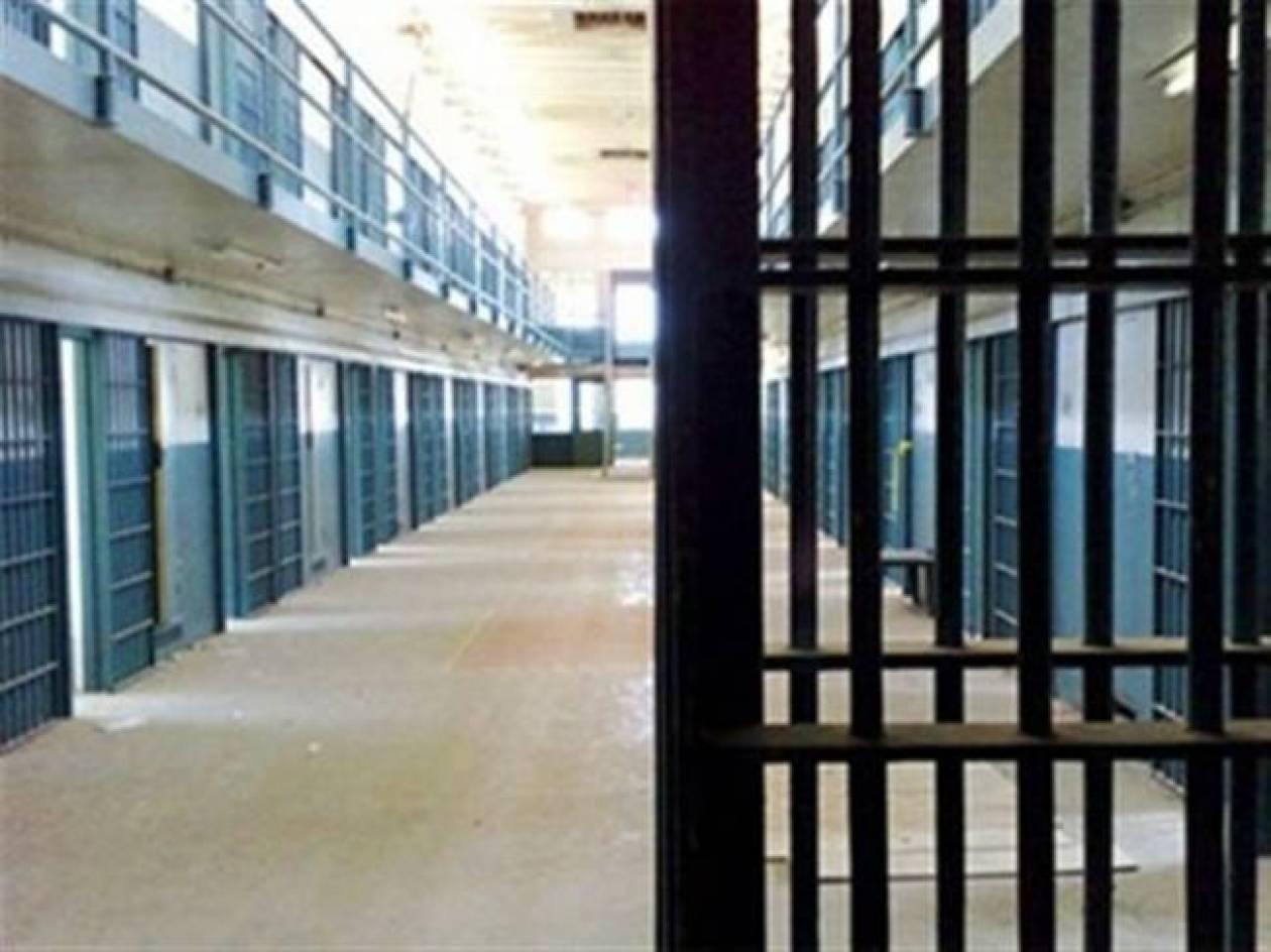 Κρήτη: Συμπλοκή μεταξύ κρατουμένων με μαχαίρια και λοστούς στην Αλικαρνασσό