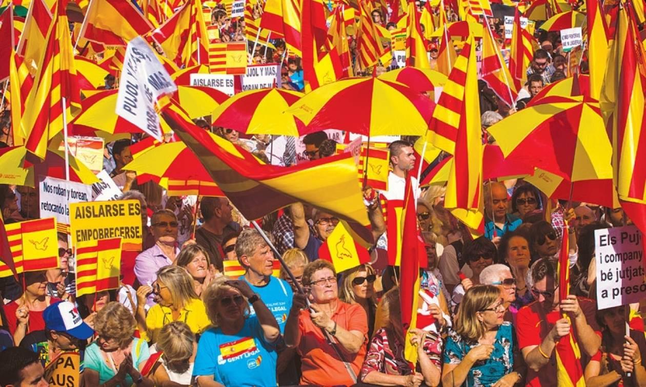 Αναβάλλεται το δημοψήφισμα για την ανεξαρτησία της Καταλονίας
