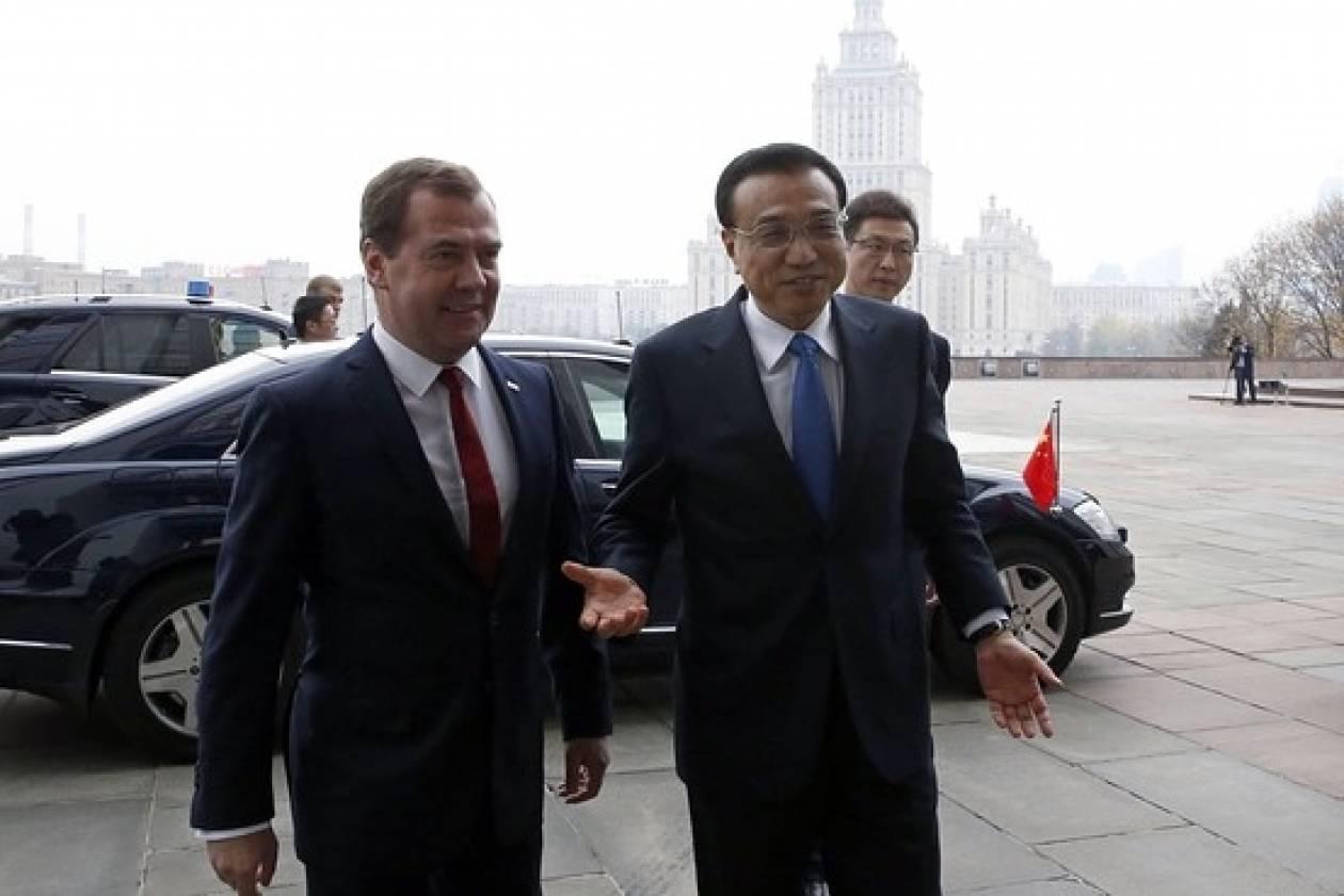 Σημαντικές οικονομικές συμφωνίες αξίας δισεκατομμυρίων δολαρίων μεταξύ Ρωσίας και Κίνας