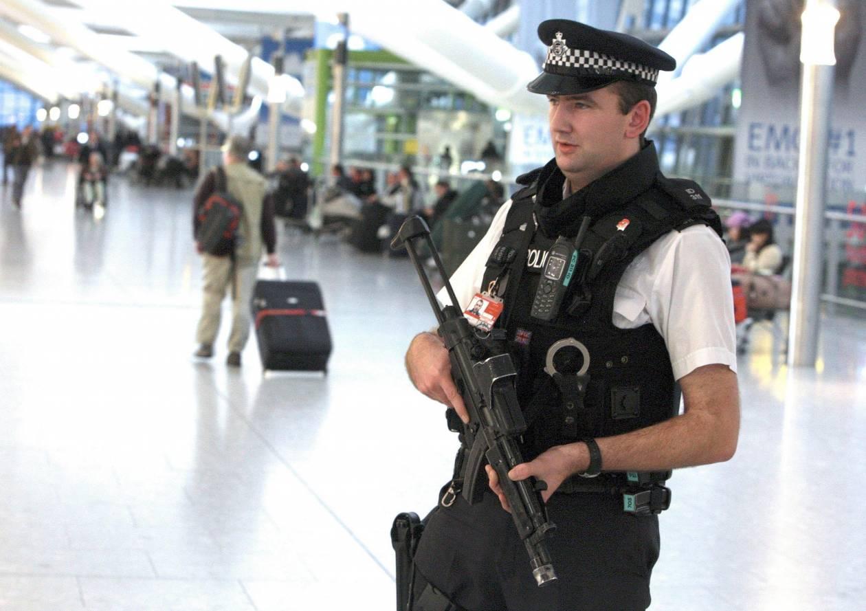 Έξι συλλήψεις σε επιχείρηση της βρετανικής αντιτρομοκρατικής