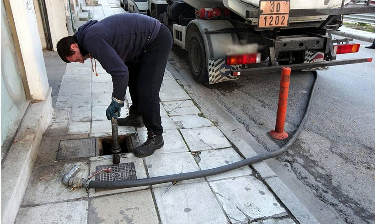 Βενζινοπώλες: Κοντά στο 1,04 € το λίτρο το πετρέλαιο θέρμανσης