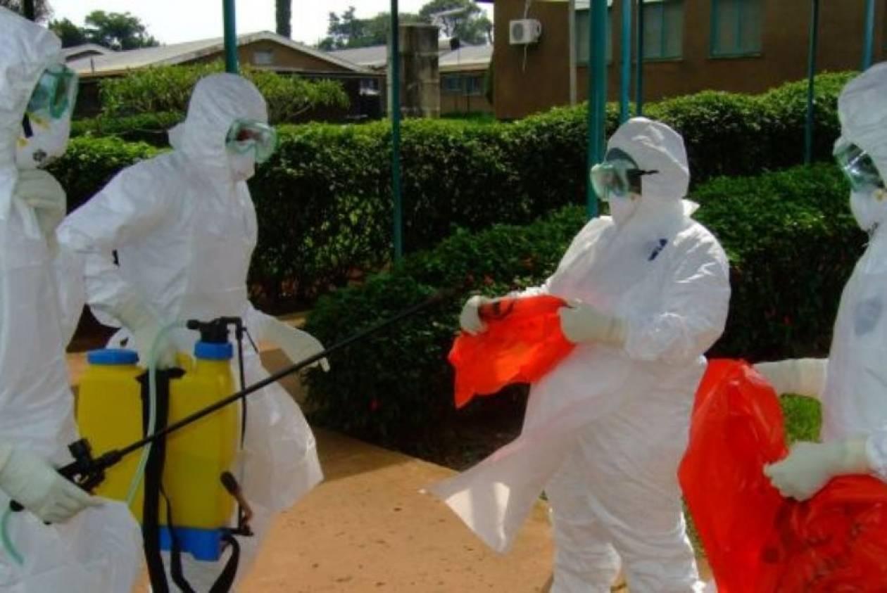 Έμπολα: Ανεστάλη η απεργία των γιατρών στη Λιβερία
