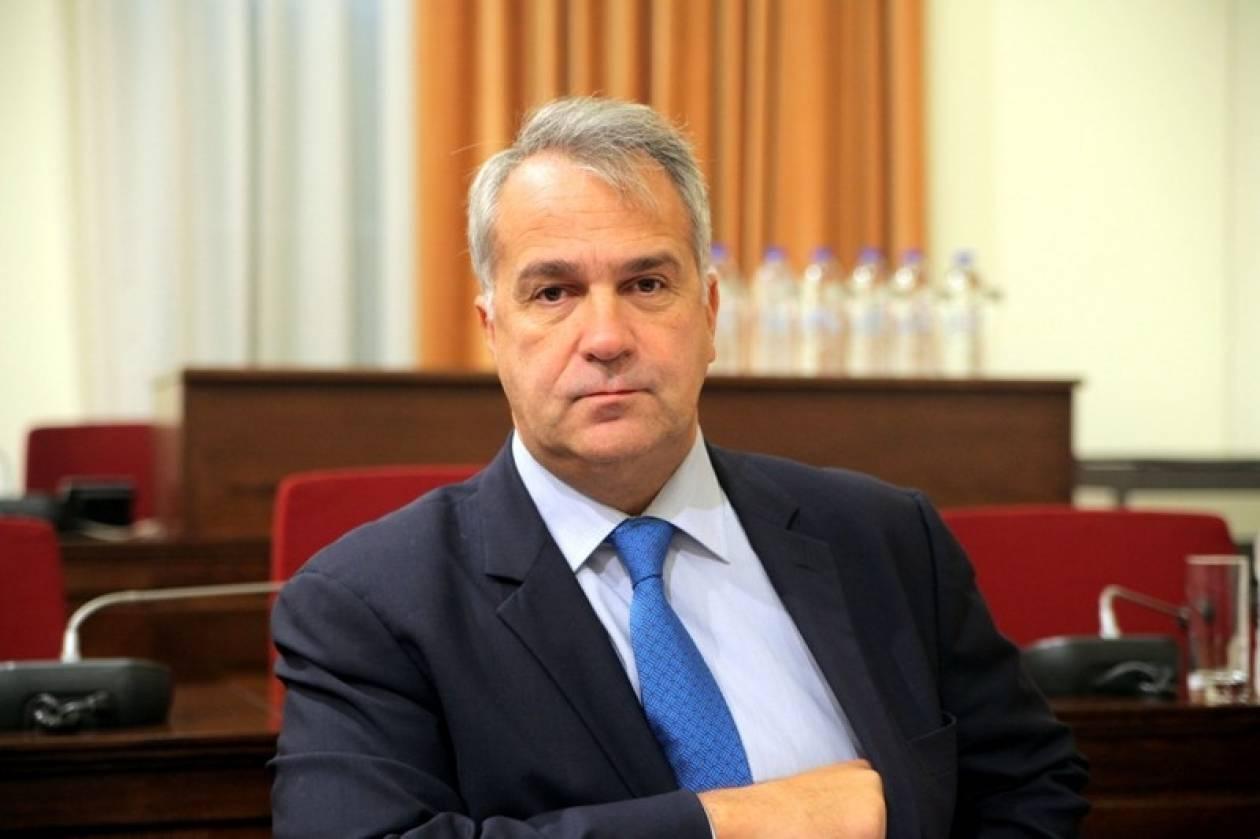 Ενημέρωση στη Βουλή για τα μέτρα ετοιμότητας κατά του Έμπολα