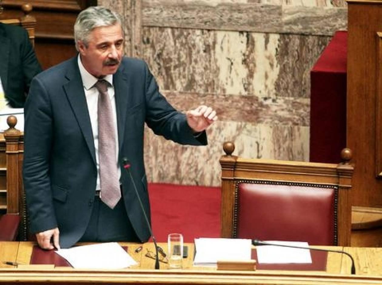 Μανιάτης: Ούτε αργυρώνητοι βουλευτές υπάρχουν, ούτε τα ΑΤΜ δεν θα λειτουργούν