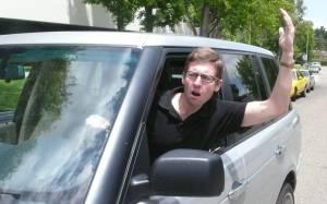 Πώς να αντιμετωπίσεις έναν εξοργισμένο οδηγό (Video)