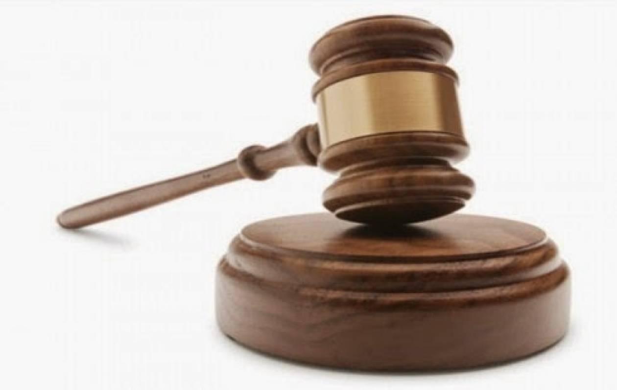 Σε απευθείας δίκη Ρωσίδα για υπόθεση ανθρωποκτονίας με θύμα τον σύζυγό της
