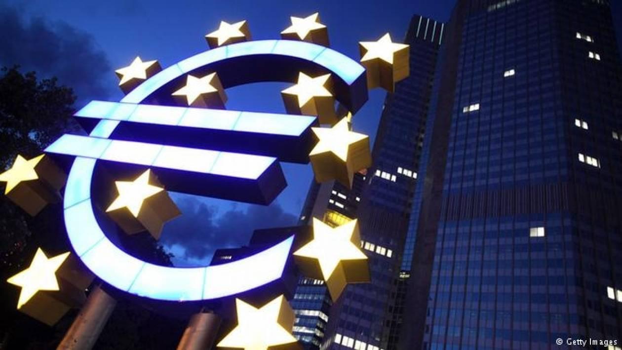 Frankfurter Allgemeine: Σκιές κρίσης στην ευρωζώνη