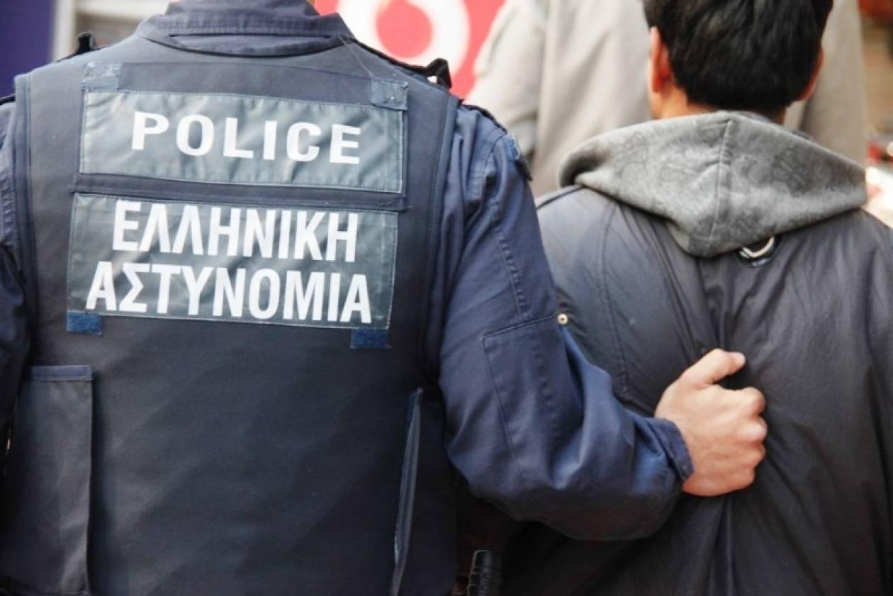 Έβρος: Έξι διακινητές και 35 μετανάστες συνελήφθησαν σε 24 ώρες