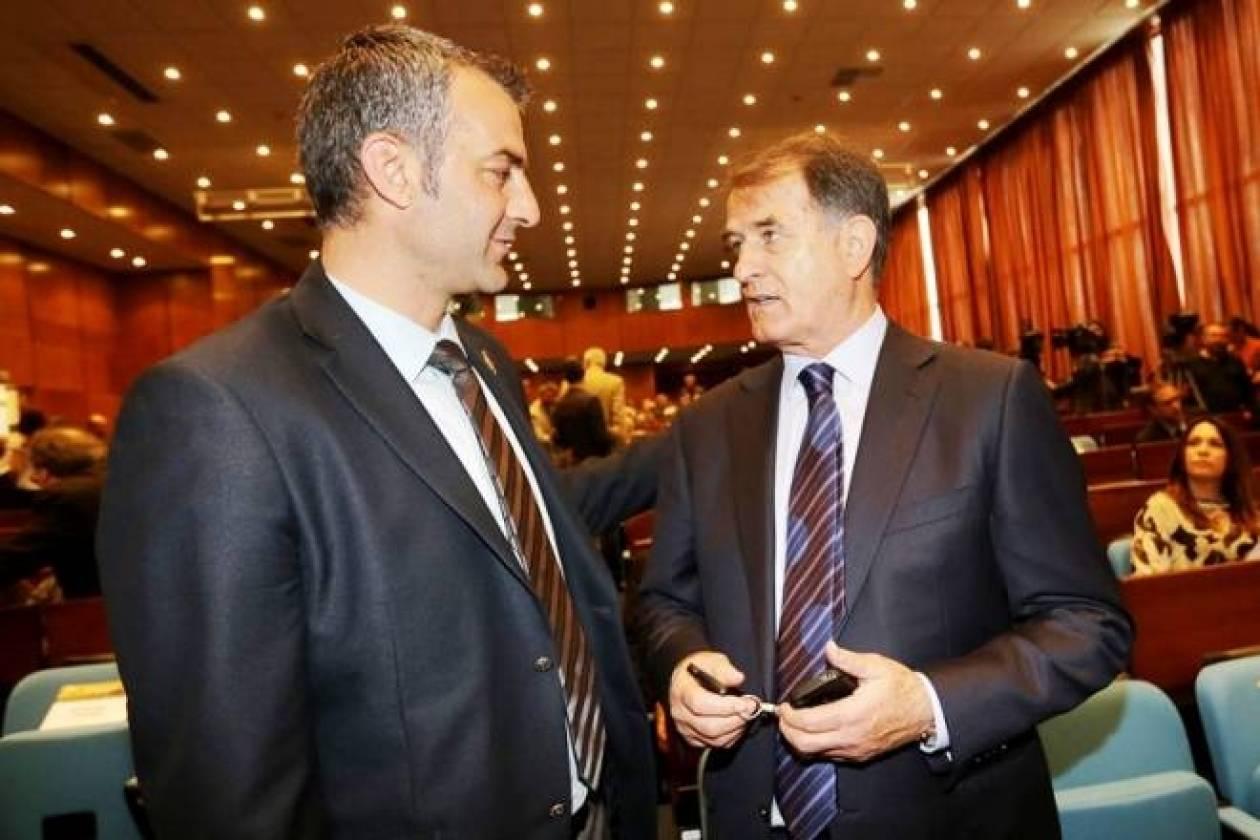 Μπάγεβιτς: «Πολλά χρόνια στην ΑΕΚ ο Δέλλας»