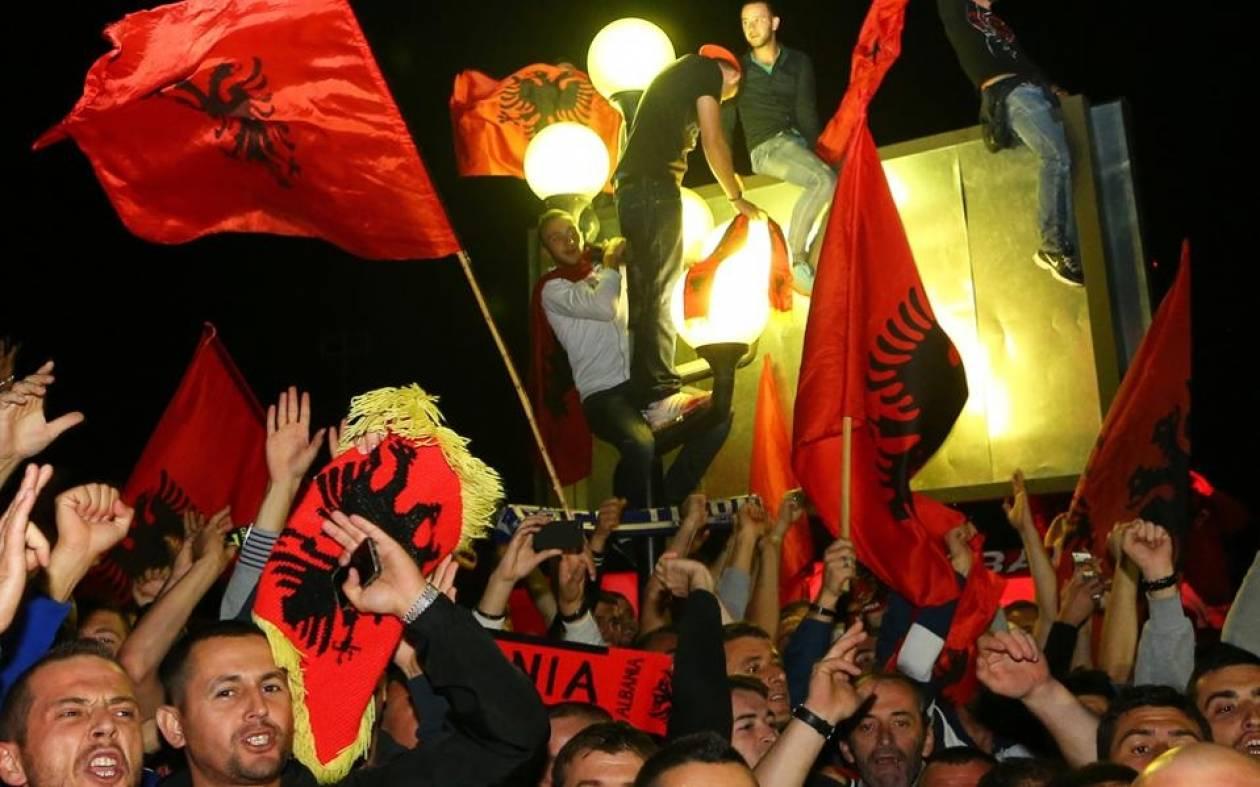 Αλβανία: Ανακοίνωση της «Ομόνοιας» για τα επεισόδια στη Δερβιτσάνη