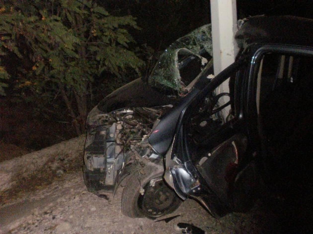 Όχημα «καρφώθηκε» σε κολώνα - Ένας νεαρός τραυματίας στο δρόμο Κοζάνης-Κοίλων