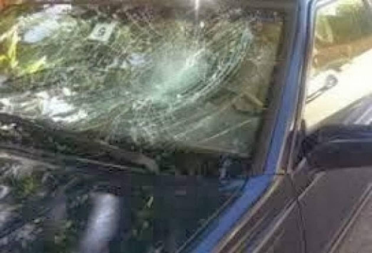 Ελληνίδα παρουσιάστρια έζησε τον τρόμο-Της επιτέθηκαν στο αυτοκίνητο (pics)