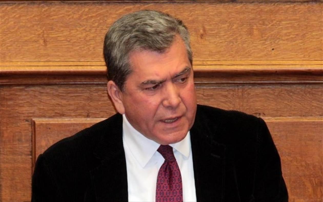 Μητρόπουλος: Μισθοί ειλωτείας στο Δημόσιο