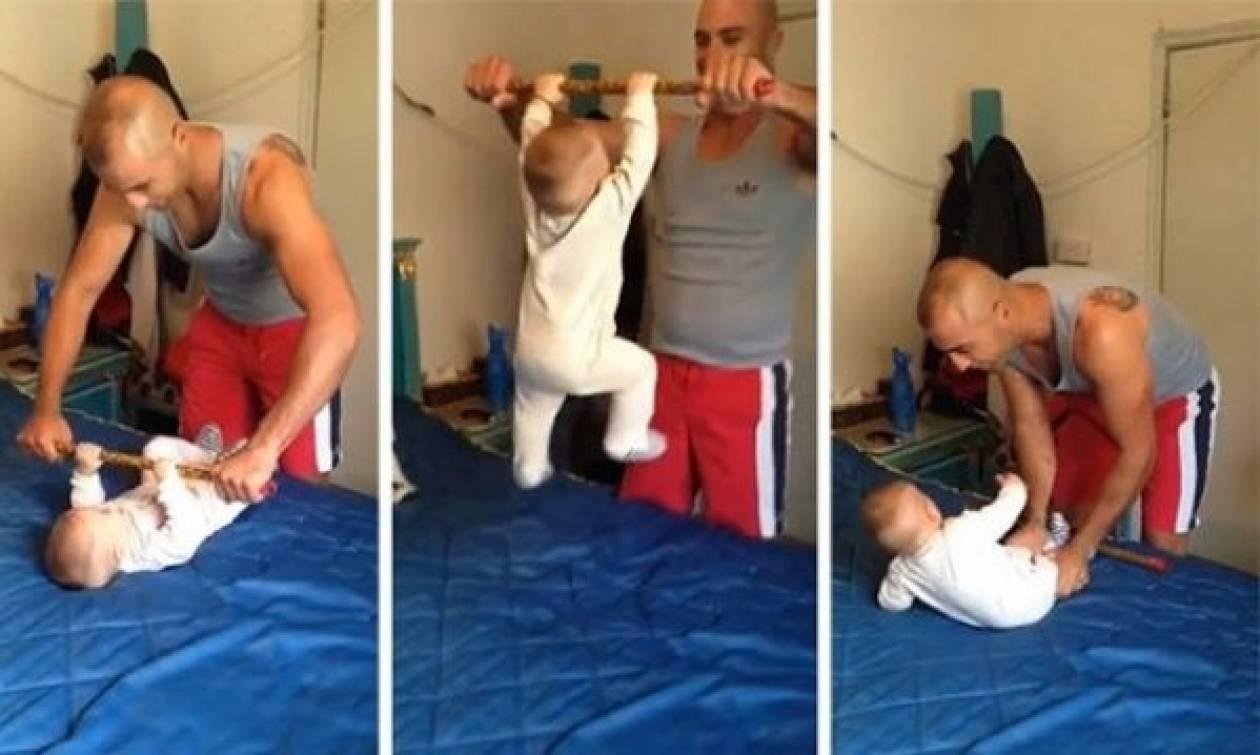 Απίστευτο: Δείτε τι κάνει αυτό το μωρό και έχει ξετρελάνει το διαδίκτυο! (vid)
