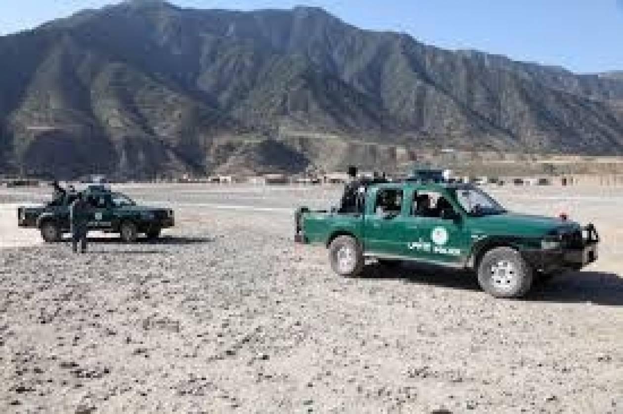 Πακιστάν: Ληστές άρπαξαν από ΜΚΟ 400.000 δολάρια