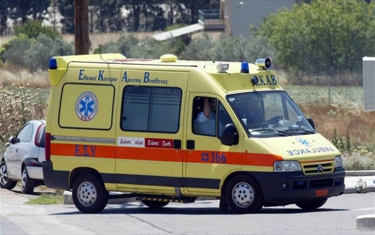 Λαμία: Τροχαίο με τραυματισμό δικυκλιστή (pics)