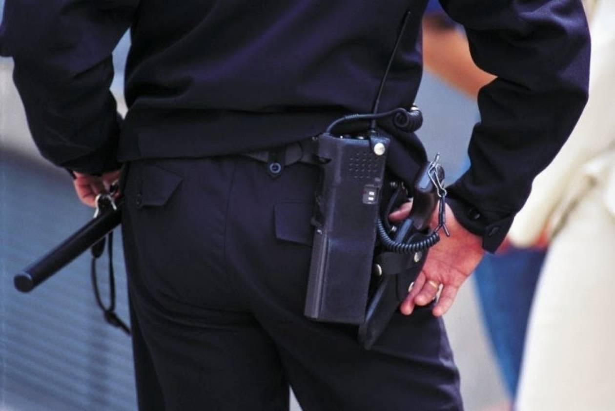 Εξαήμερη κράτηση στον ύποπτο για παιδική πορνογραφία αστυνομικό