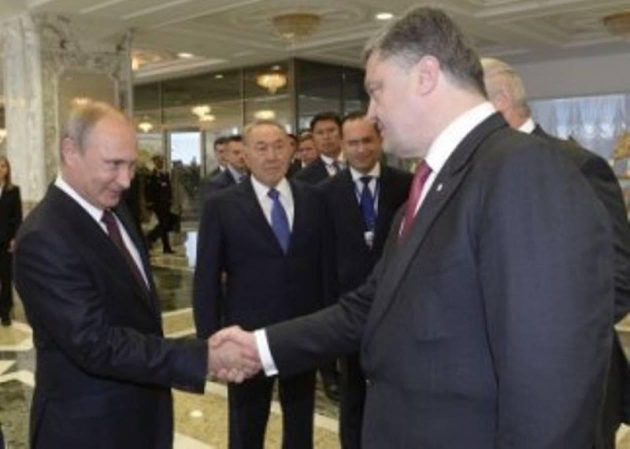 Τηλεφωνική συνομιλία Πούτιν – Ποροσένκο για την αν. Ουκρανία
