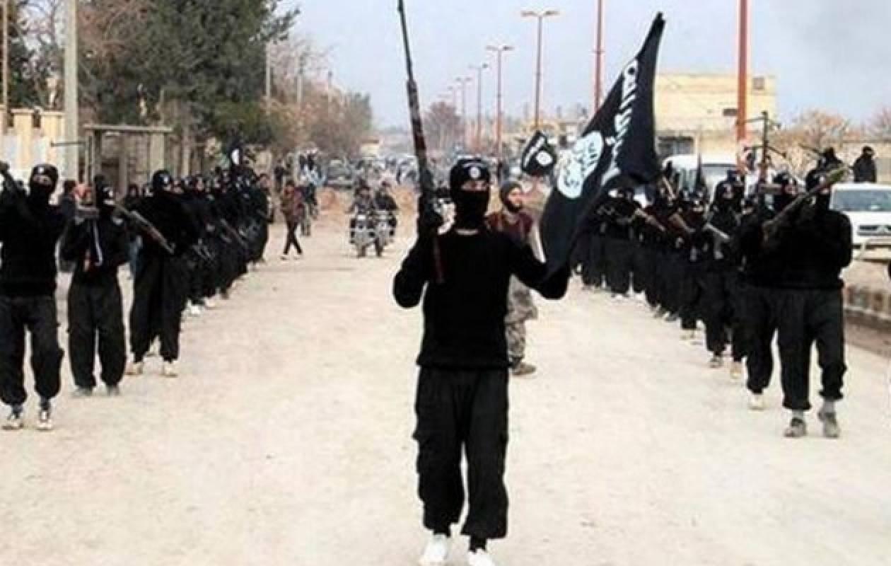 Συνέλαβαν τρεις έφηβες που πήγαιναν να ενταχθούν στο Ισλαμικό Κράτος