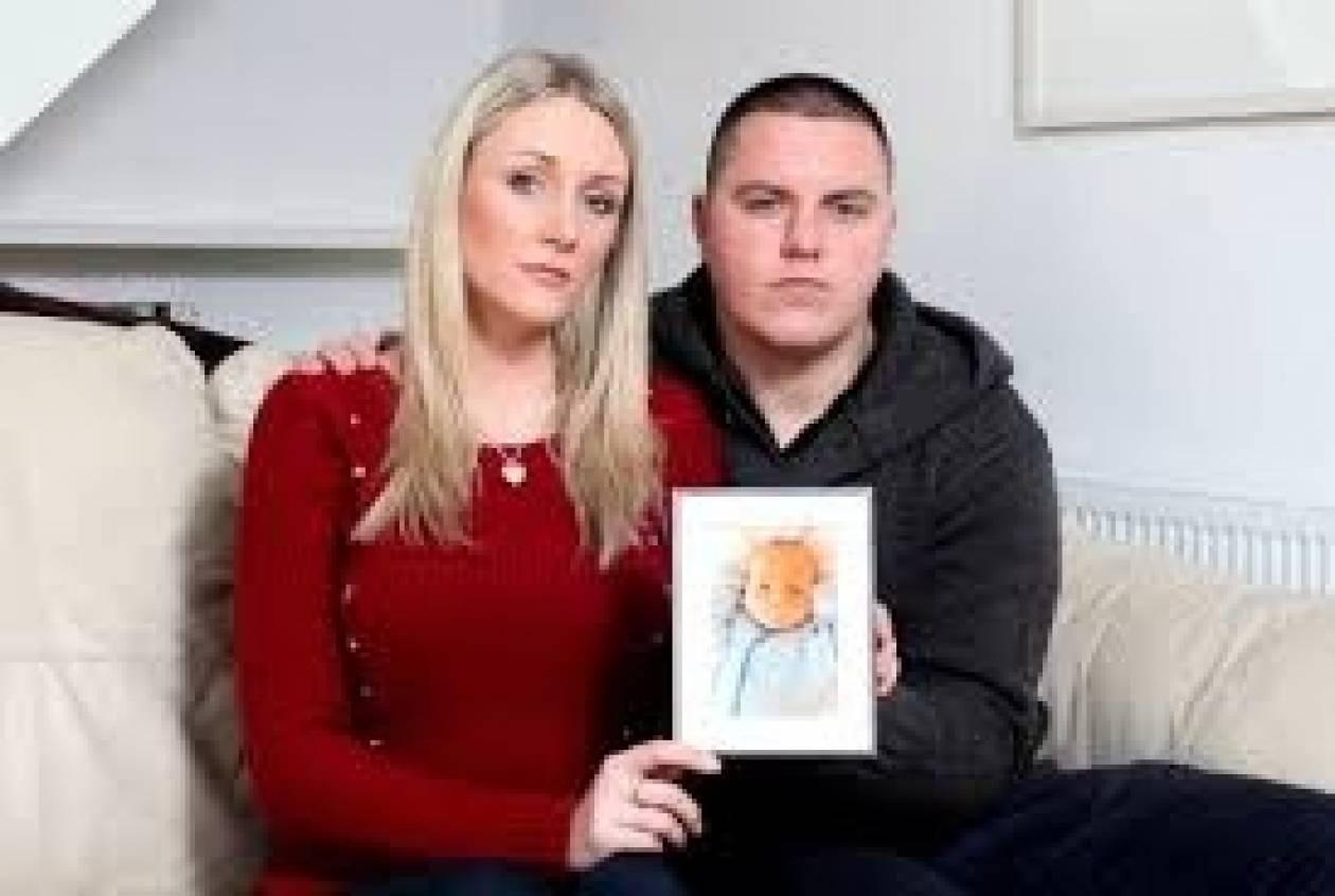 Βρετανία: Πέθανε το μωρό με τη μισή καρδιά (pics)