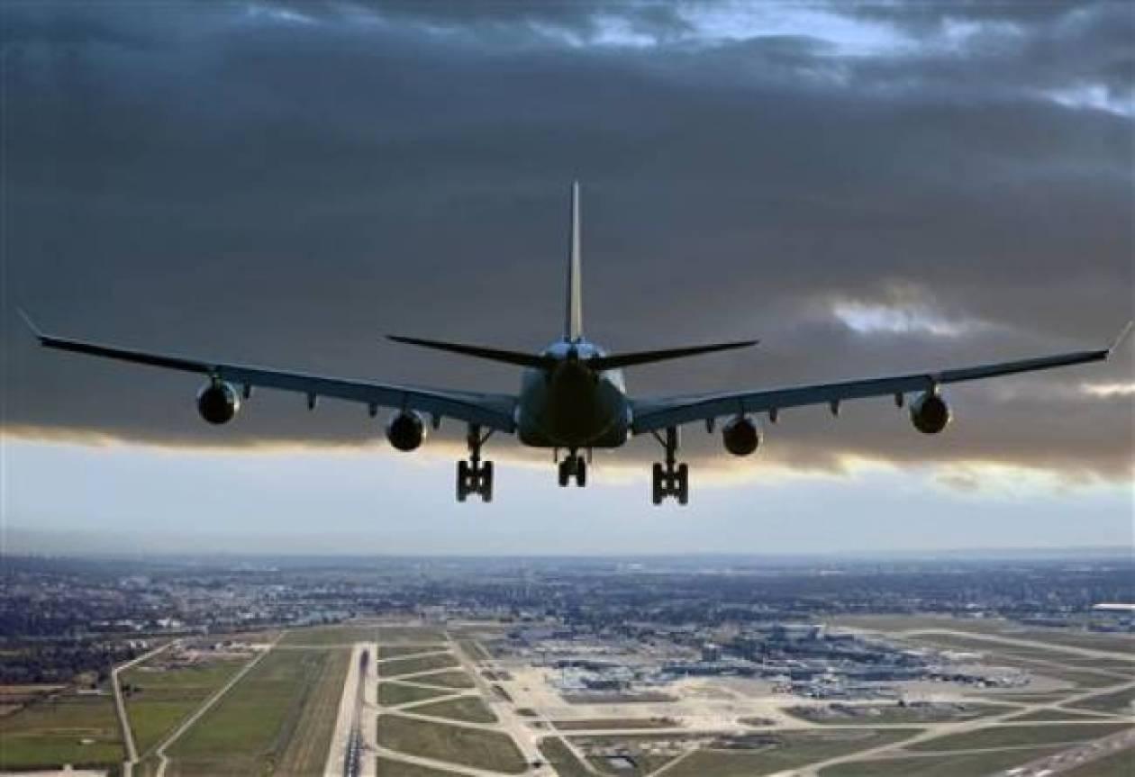 Κανονικά οι πτήσεις - Παράνομη η στάση εργασίας των ελεγκτών