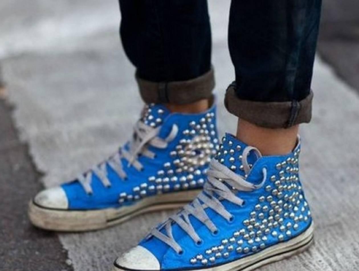 Μυρίζουν άσχημα τα παπούτσια σας; Τips για να νικήσετε τη δυσοσμία!