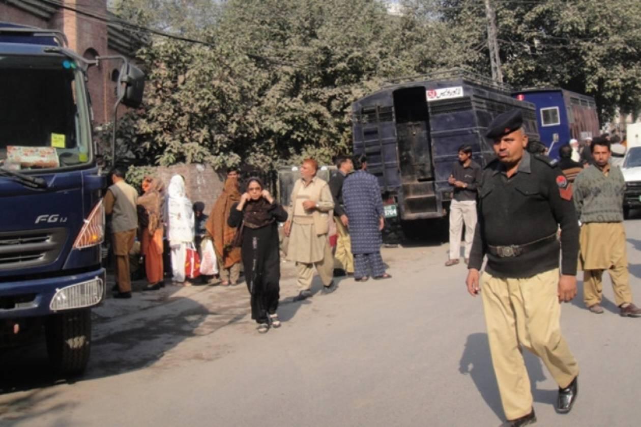 Πακιστάν: Έκρηξη βόμβας σε συγκέντρωση ισλαμιστικού κόμματος