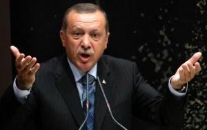 Ερντογάν: «Λάθος» των ΗΠΑ η παράδοση όπλων στους Κούρδους